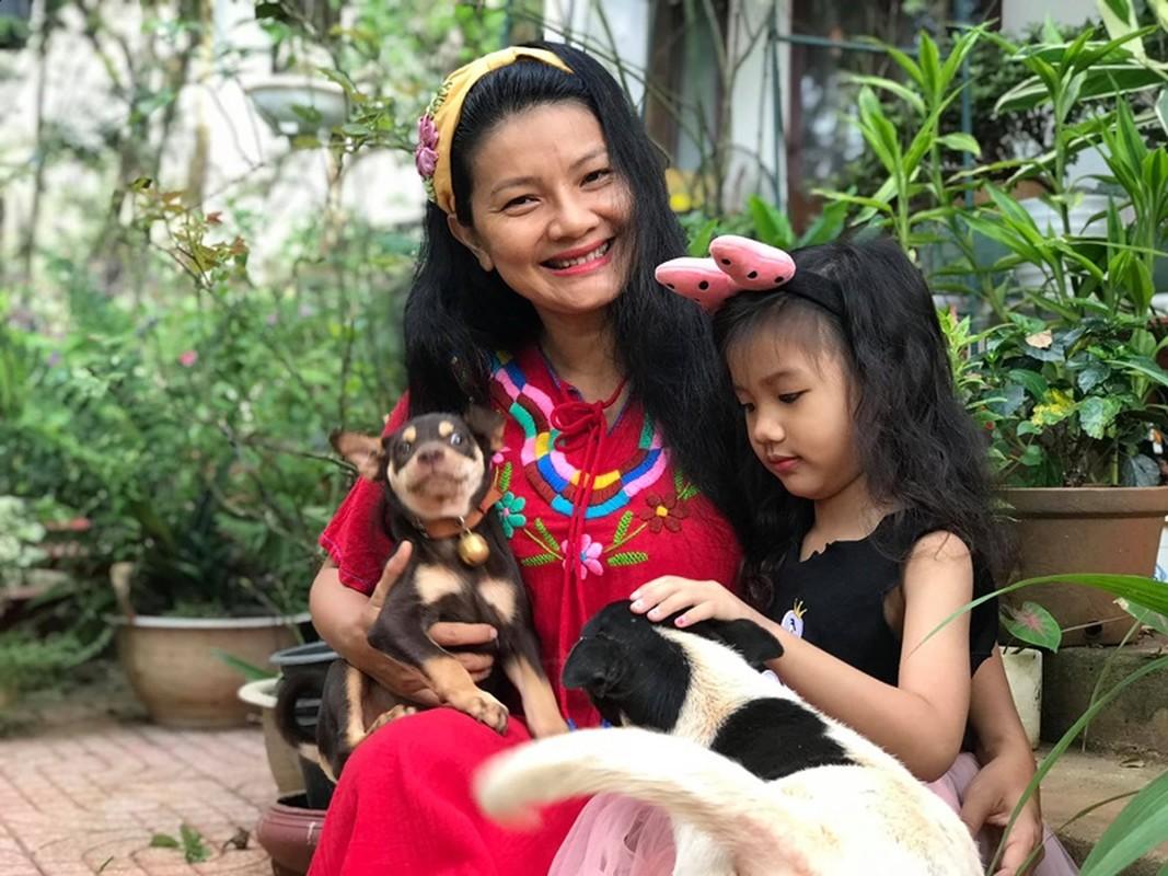 Kieu Trinh phu nhan co dai gia bao nuoi, cuoc song hien ra sao?-Hinh-6