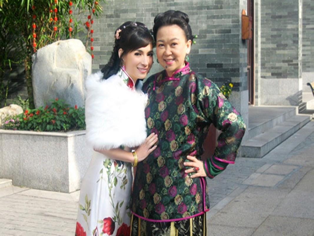 Soi cac vai dien an tuong cua ca si Phi Nhung-Hinh-2