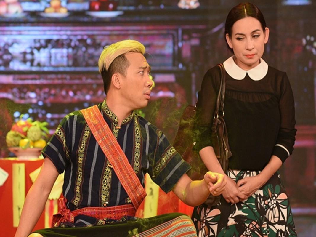 Phi Nhung qua doi: Long Nhat va loat sao kho so vi bi soi-Hinh-11