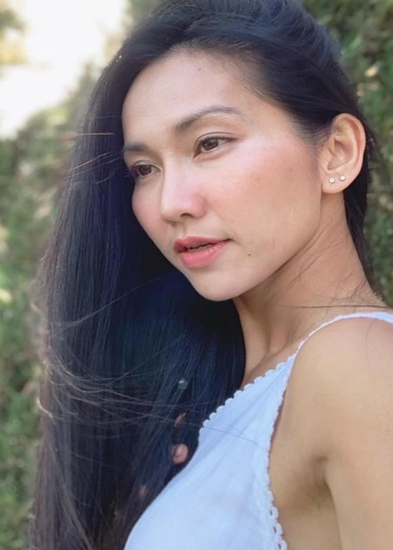 Phi Nhung qua doi: Long Nhat va loat sao kho so vi bi soi-Hinh-7