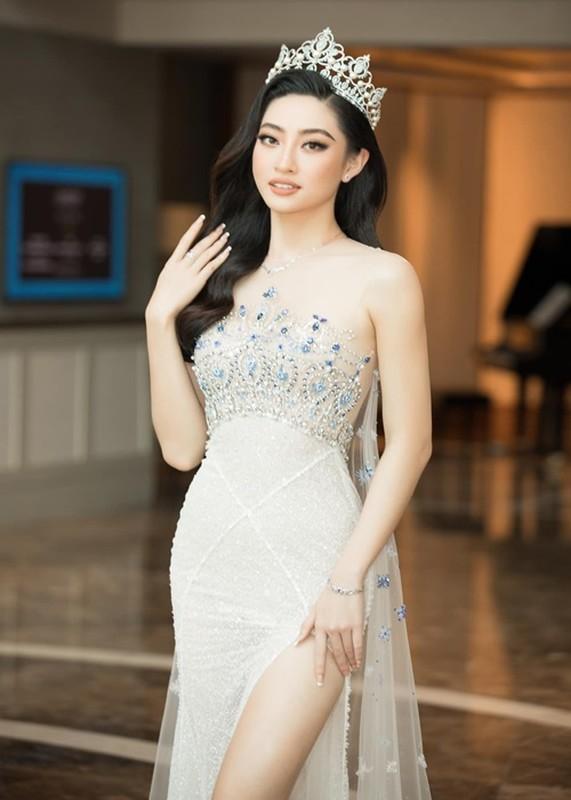 Do trinh 4 hoa hau lam giam khao Miss World Vietnam 2021-Hinh-10