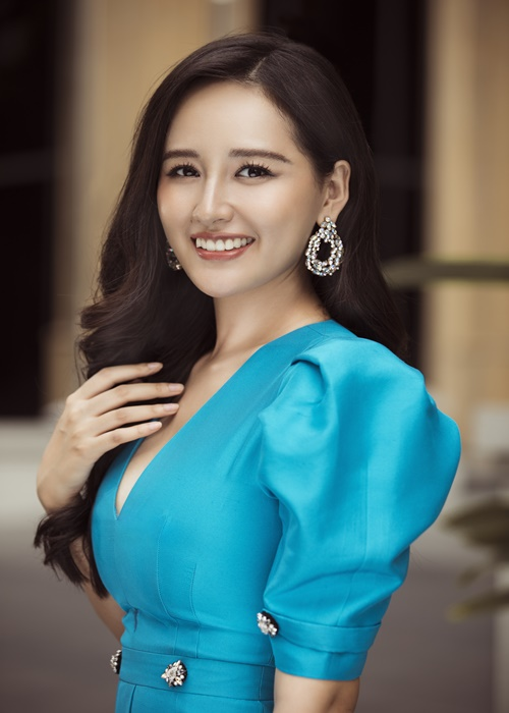 Do trinh 4 hoa hau lam giam khao Miss World Vietnam 2021-Hinh-3