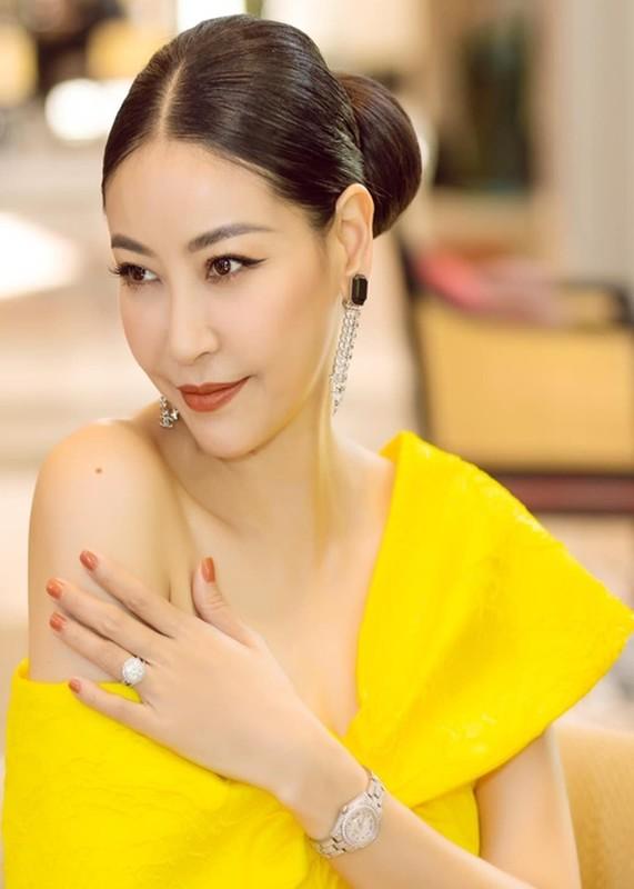 Do trinh 4 hoa hau lam giam khao Miss World Vietnam 2021-Hinh-5