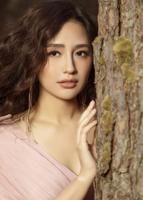 Mai Phuong Thuy la hoa hau thu 4 cham thi Miss World Vietnam 2021-Hinh-4