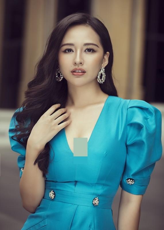 Mai Phuong Thuy la hoa hau thu 4 cham thi Miss World Vietnam 2021