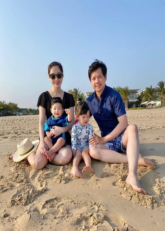 Chong HH Dang Thu Thao noi loi mat ngot ky niem 4 nam cuoi-Hinh-3