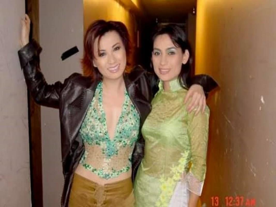 Xon xao tin Phi Nhung co chau ngoai o My, chua kip ve tham-Hinh-8