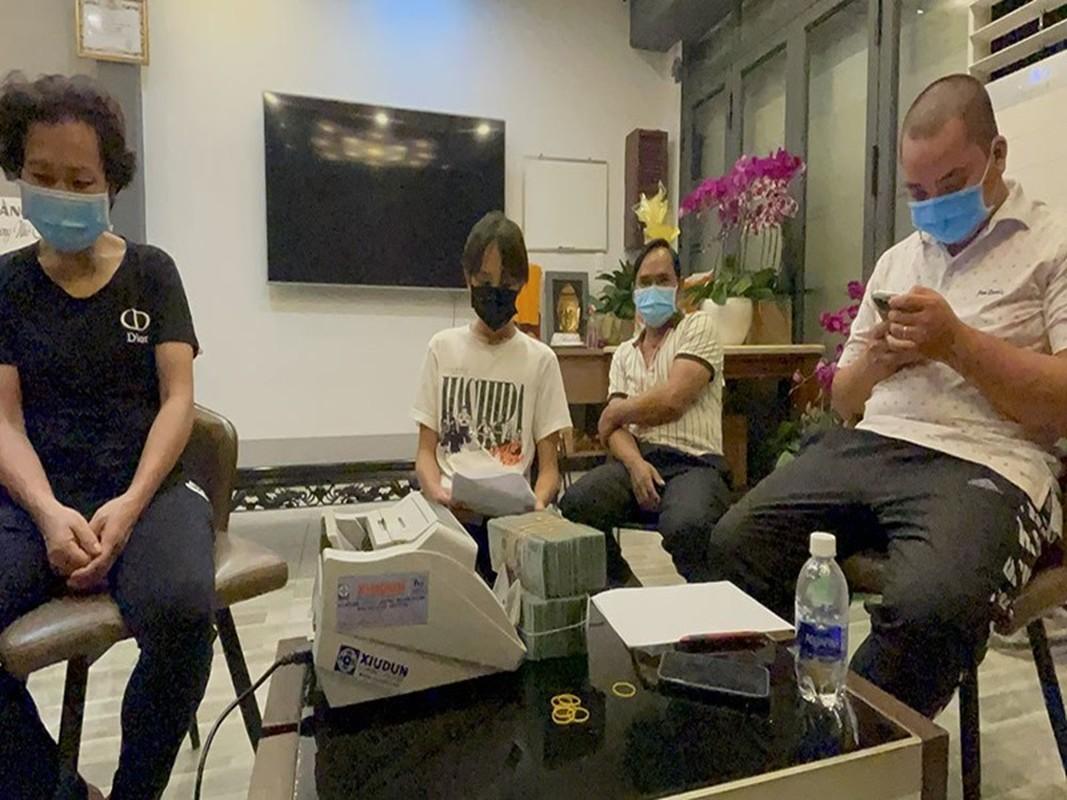 Ho Van Cuong nhan tien, Phi Nhung duoc giai oan, ve troi thanh than!-Hinh-8