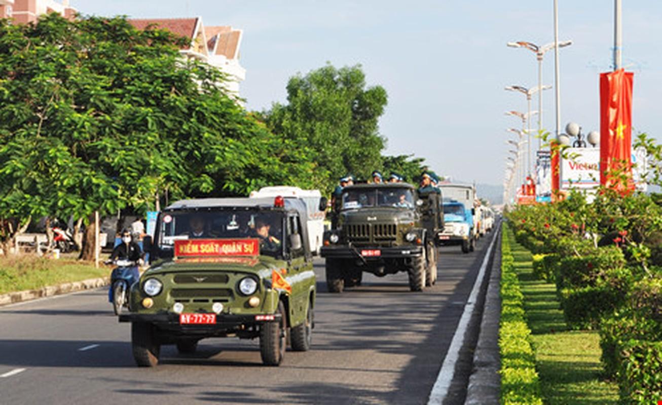 Nghen ngao vinh biet Thieu uy phi cong Pham Duc Trung-Hinh-10