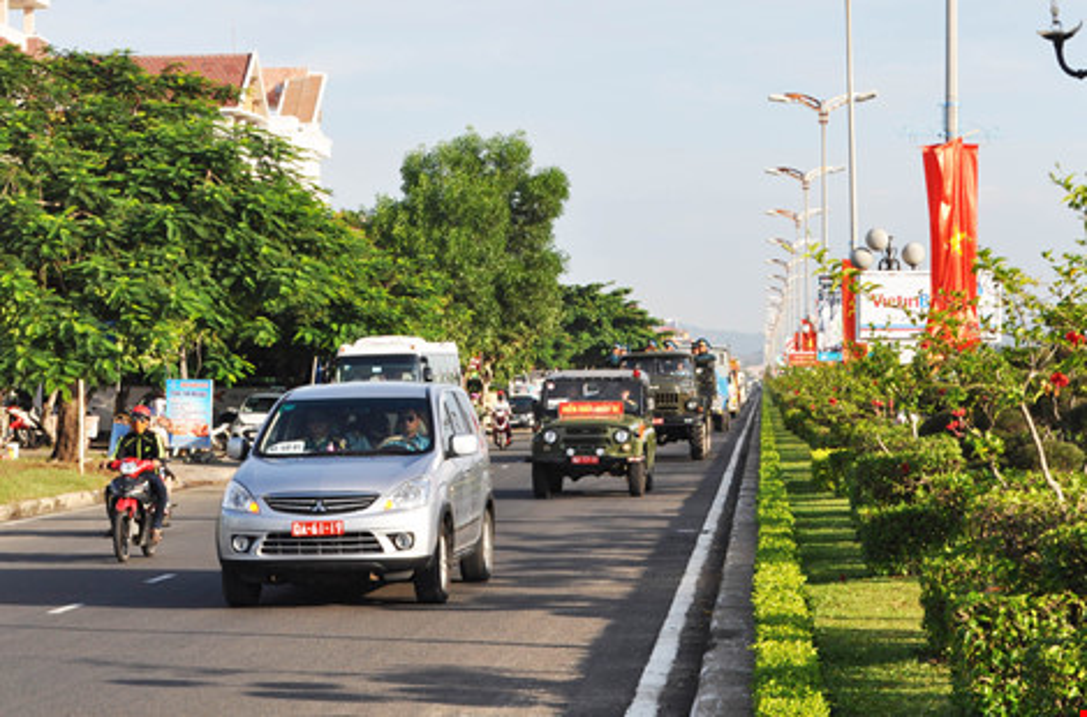 Nghen ngao vinh biet Thieu uy phi cong Pham Duc Trung-Hinh-11