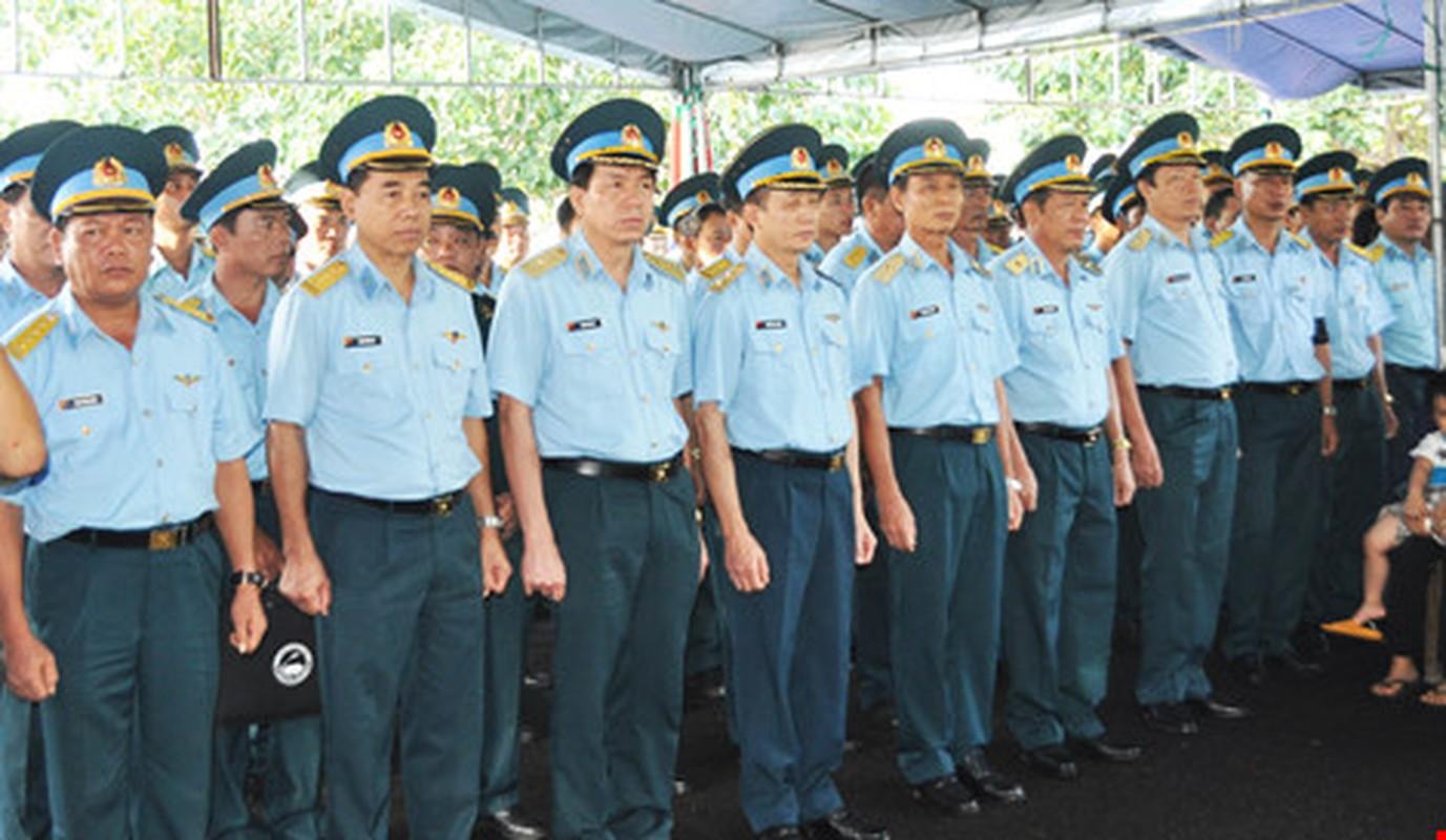 Nghen ngao vinh biet Thieu uy phi cong Pham Duc Trung-Hinh-3