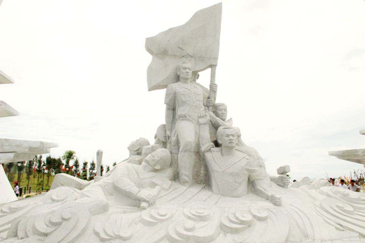 Anh: Chiem nguong Khu tuong niem Gac Ma tu tren khong-Hinh-9