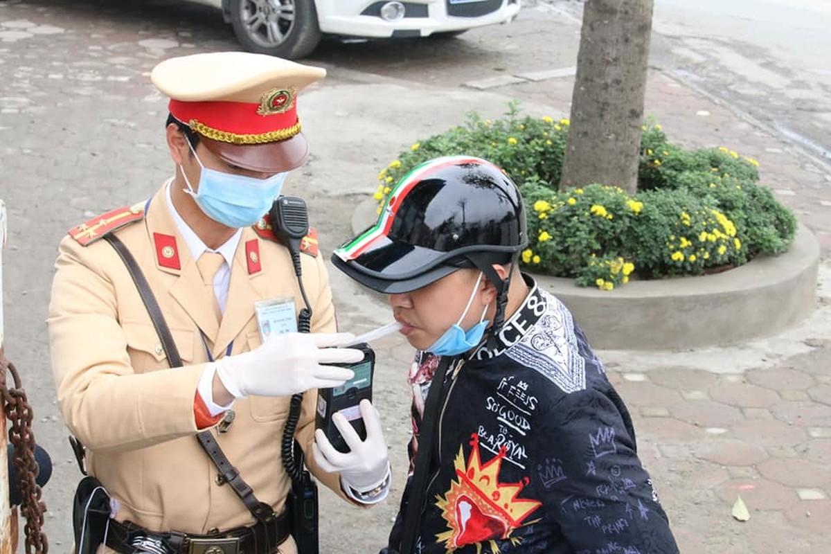 Tai sao nguoi dan Ha Noi vui ve huong ung khi CSGT Ha Noi kiem tra nong do con?-Hinh-2