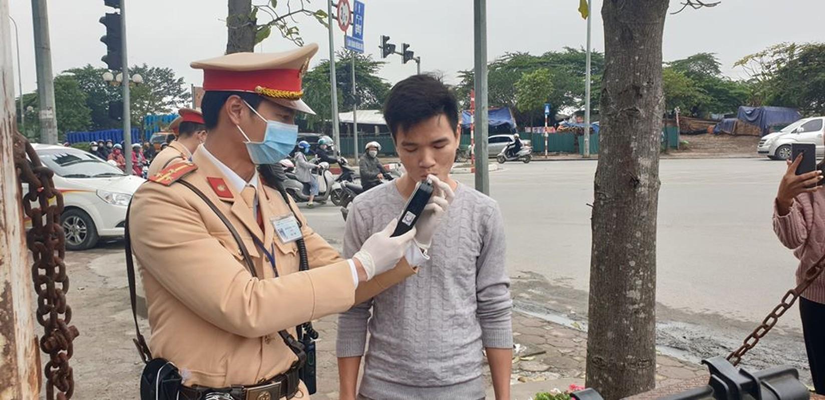 Tai sao nguoi dan Ha Noi vui ve huong ung khi CSGT Ha Noi kiem tra nong do con?-Hinh-8