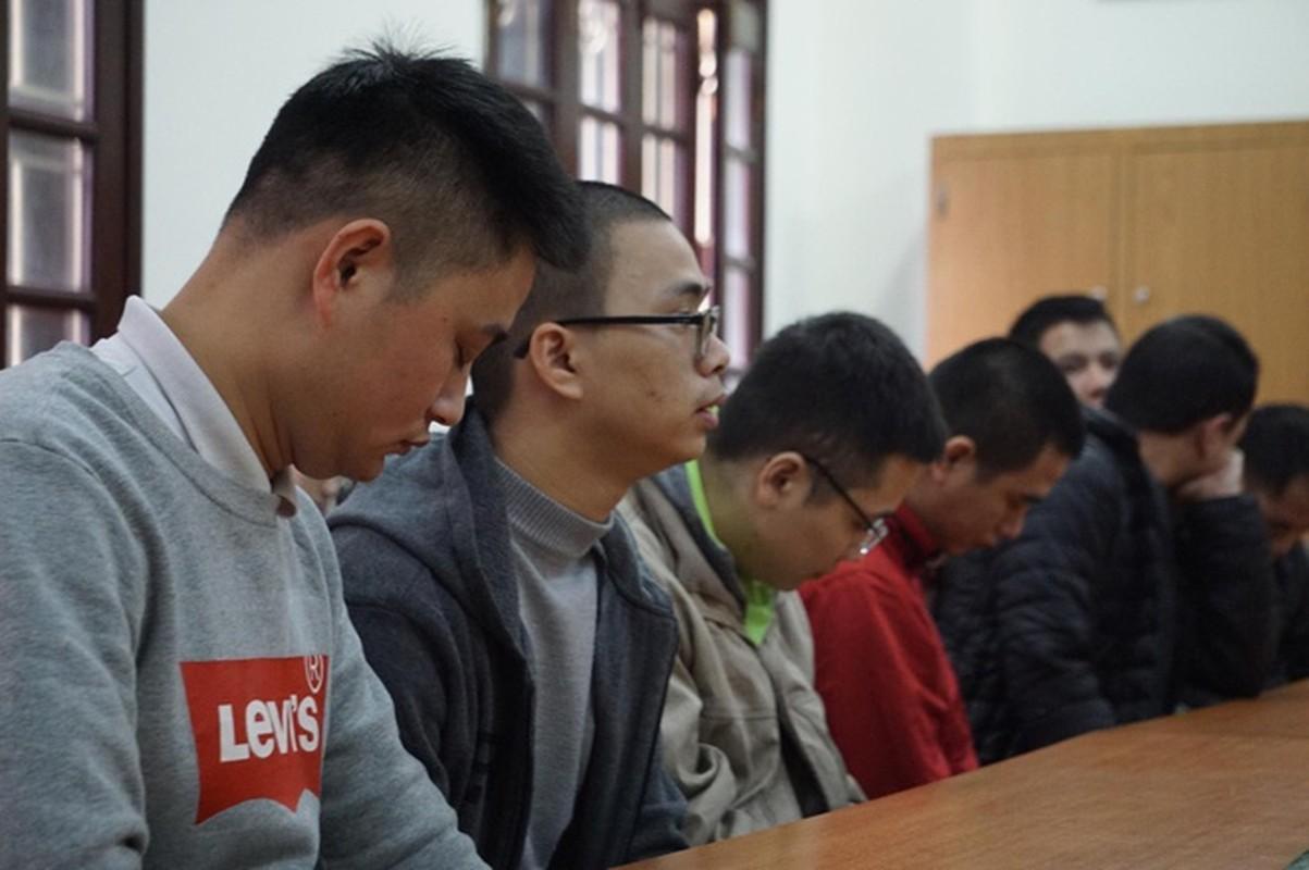 """Duong day danh bac qua game De Che: """"Canh tay"""" nao giup """"Bau Huan"""" kiem tien ty bang ca do?-Hinh-17"""