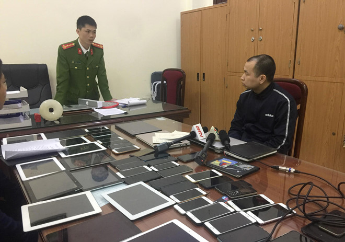 "Su that choang ve cac game thu ""tro luc"" cho trum co bac Bau Huan-Hinh-15"