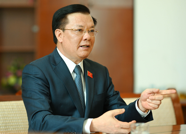 Bo Chinh tri phan cong ong Dinh Tien Dung lam Bi thu Ha Noi-Hinh-5