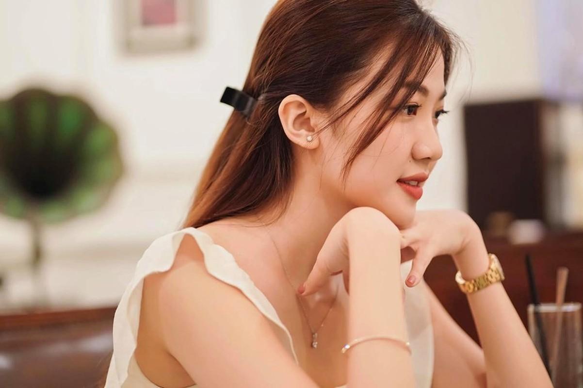 Nhan sac that cua Tra tieu tam, nhan vat bi ghet nhat 'Hoa hong tren nguc trai'-Hinh-6