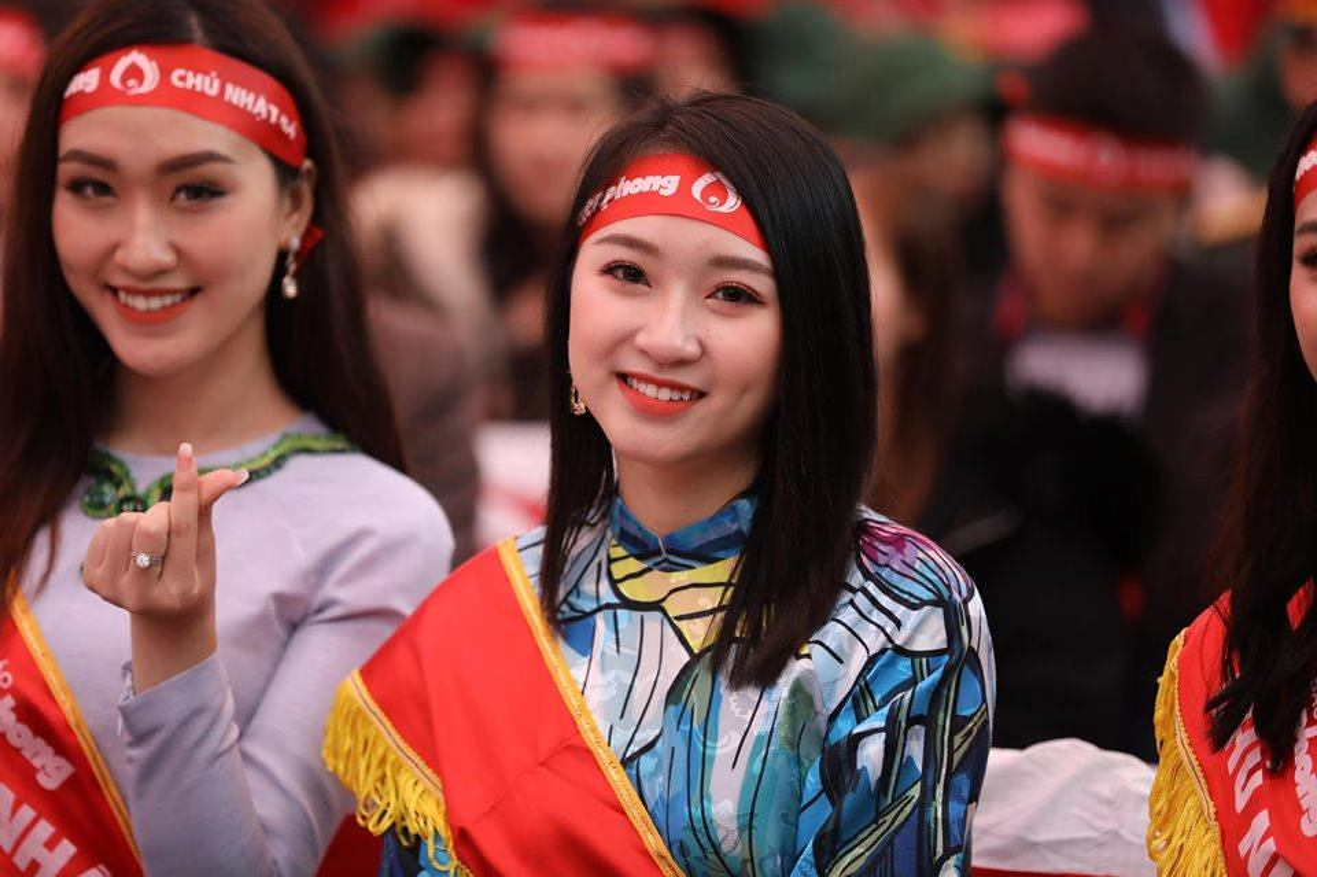 "Chuong trinh hien mau ""Chu nhat do"" to dam tinh nhan ai cua nguoi Viet Nam"