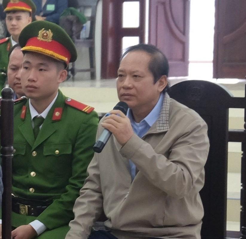 Vu AVG: Le Nam Tra khoc, ong Nguyen Bac Son, Truong Minh Tuan cui dau xau ho tai toa vi nhan hoi lo-Hinh-12