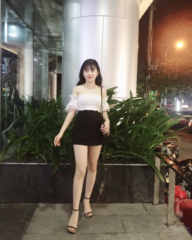 """Bi kich hot girl sinh vien ban dam 8 trieu/luot... roi tu ba """"buon gai""""-Hinh-9"""