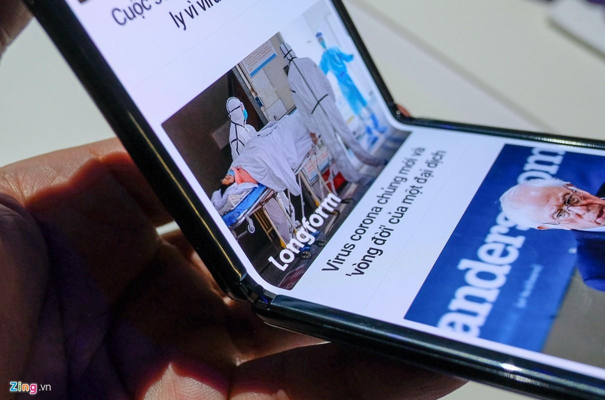 Galaxy Z Flip - cach mang moi cua Samsung - thuc te dep lung linh co nao?-Hinh-4