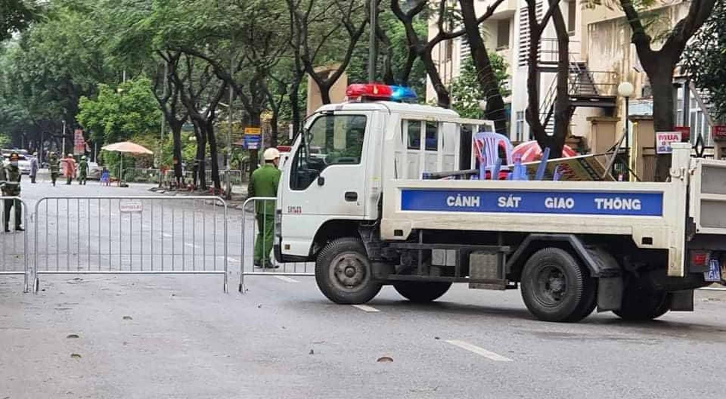 Bao dam an ninh duoc that chat cho hang nghin nguoi cach ly dich Covid-19-Hinh-5