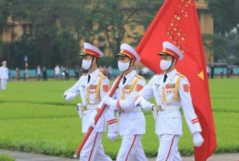 Le thuong co tren quang truong Ba Dinh ky niem 45 nam thong nhat-Hinh-10