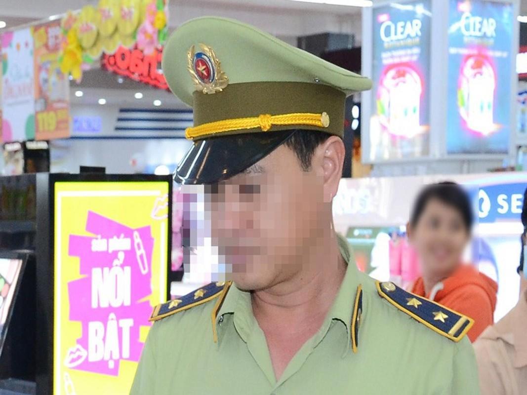 "Lai 1 ""quan lon"" tuot xich vi ngu voi nguoi khong phai vo minh-Hinh-4"