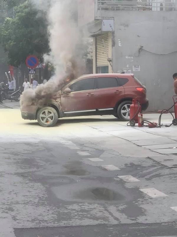 Video: O to boc chay du doi ngay tai cay xang-Hinh-4