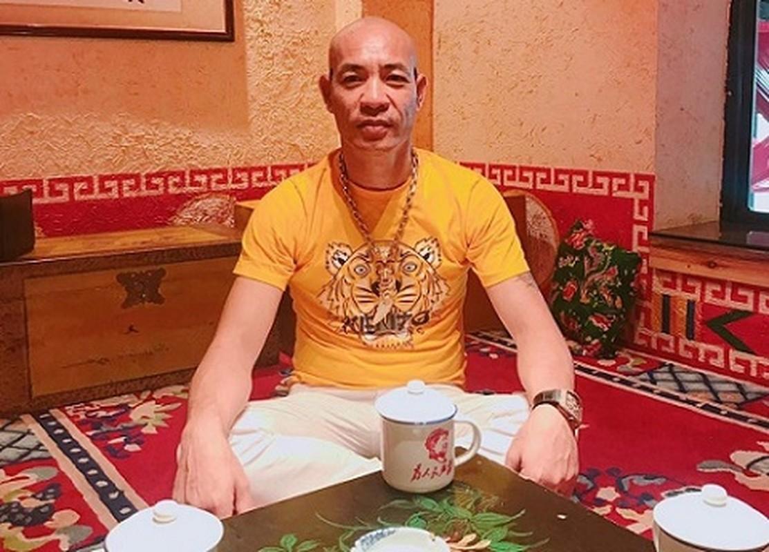 """Giang ho mang Dung """"troc"""" Ha Dong vua bi cong an bat la ai?-Hinh-3"""