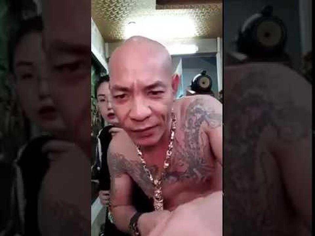 """Giang ho mang Dung """"troc"""" Ha Dong vua bi cong an bat la ai?-Hinh-6"""