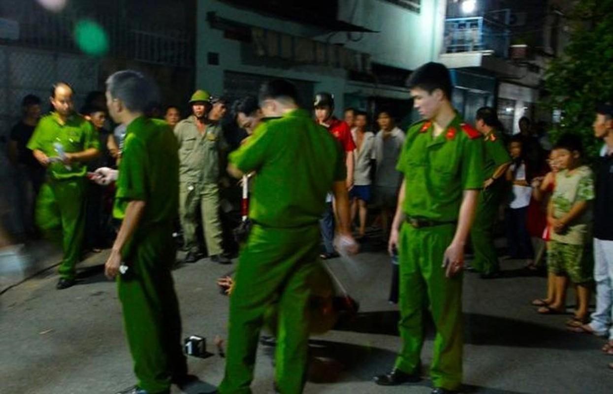 Tin nong ngay 23/9: So bo me mang hoc sinh lop 3 bia chuyen bi bat coc-Hinh-2