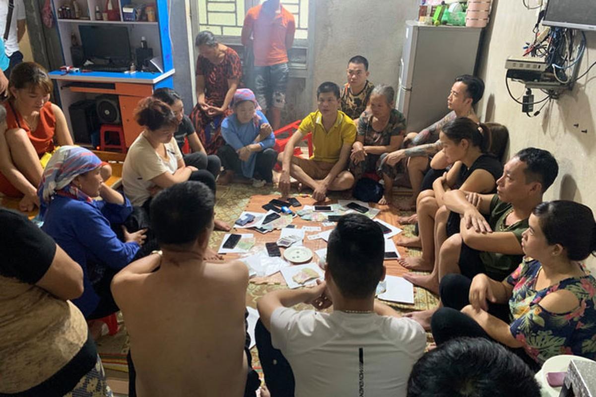 Tin nong ngay 23/9: So bo me mang hoc sinh lop 3 bia chuyen bi bat coc-Hinh-3