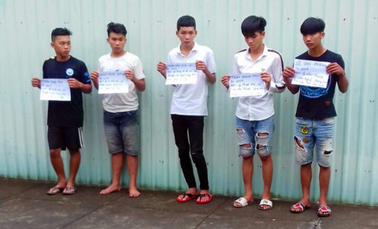 Tin nong ngay 28/9: Tai xe Vinasun va Mai Linh danh nhau be dau-Hinh-6