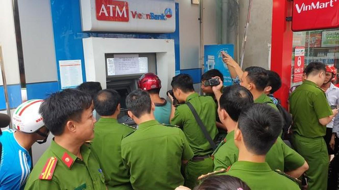 Duc, cat cay ATM va nhung quai chieu cua ke trom-Hinh-10