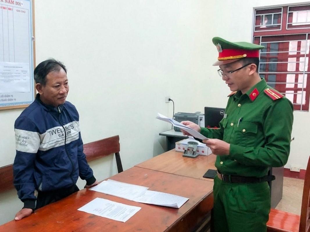 Tin nong ngay 2/12: Phe co My, nho thu xua xach dao di chem nguoi-Hinh-3