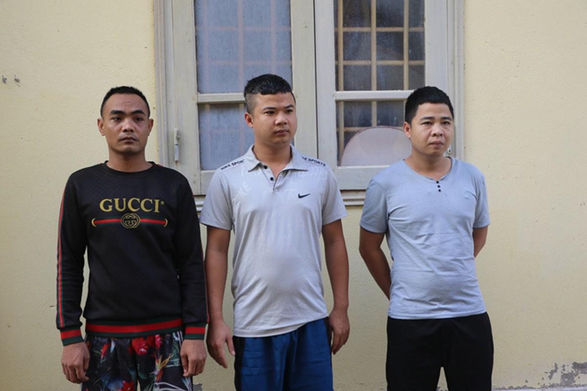 Tin nong ngay 2/12: Phe co My, nho thu xua xach dao di chem nguoi-Hinh-5