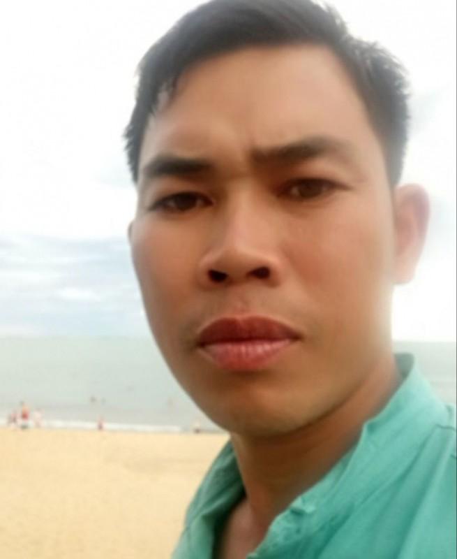 Tin nong ngay 20/12: Ga dan ong can, dam canh sat-Hinh-5
