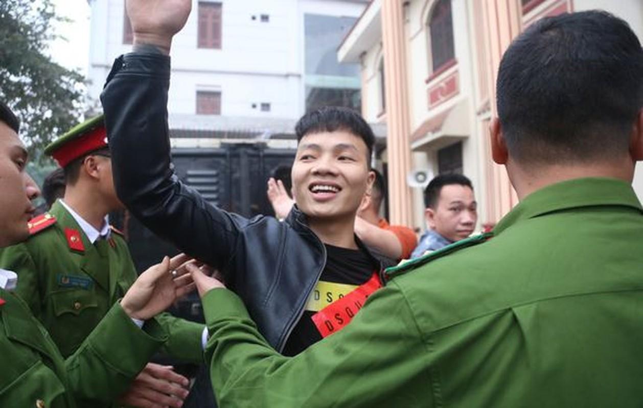 """Giam thi trai giam Hoang Tien: Kha """"Banh"""" van khoe manh, trang beo-Hinh-3"""