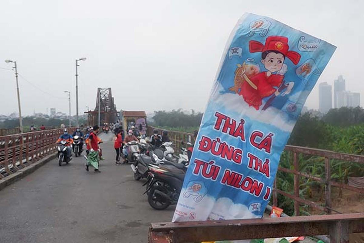 Dan do ra tien ong Cong, ong Tao, cau Long Bien un tac-Hinh-6