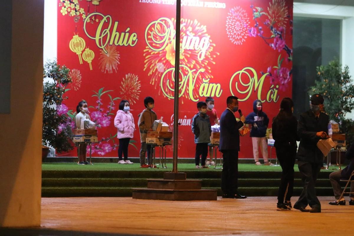 15 hoc sinh Tieu hoc Xuan Phuong roi khu cach ly, ve nha don Tet-Hinh-5