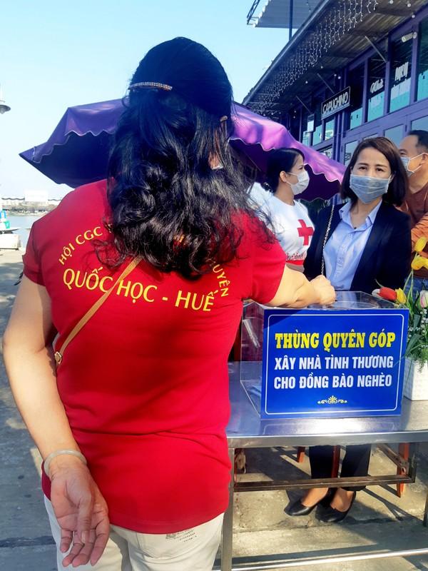 Xuc dong canh ong Doan Ngoc Hai lam phuc vu de quyen tien tu thien-Hinh-6