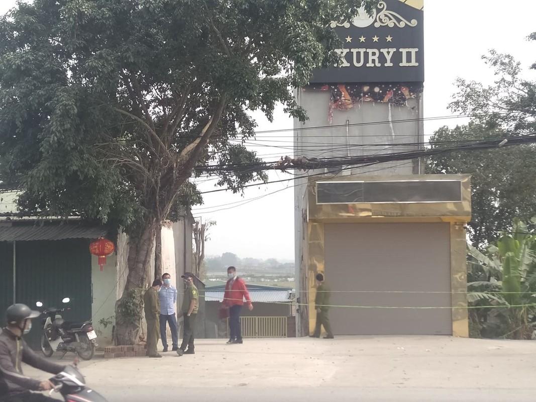 Vu dam chem o karaoke Luxury II Hoa Binh: Hung thu duong tinh voi ma tuy-Hinh-2