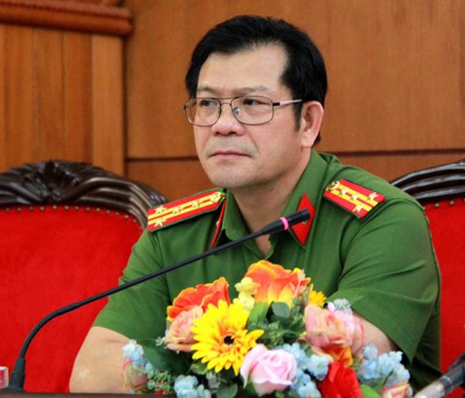 Chan dung 2 tan Giam doc Cong an tinh Lam Dong, Dak Lak-Hinh-5