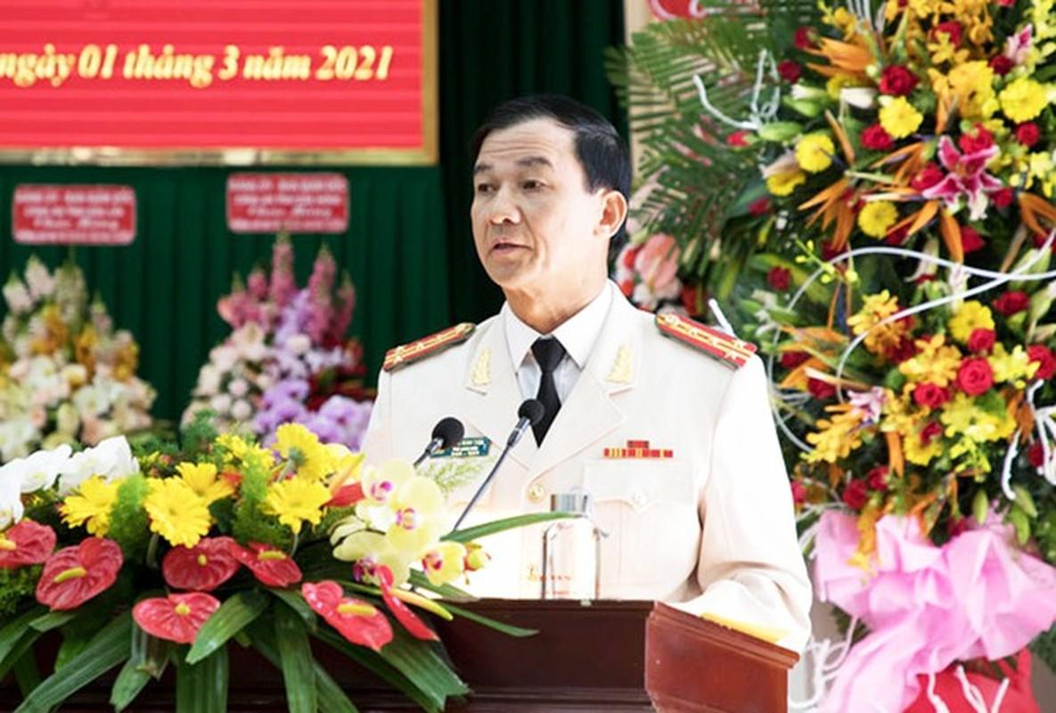 Chan dung 2 tan Giam doc Cong an tinh Lam Dong, Dak Lak