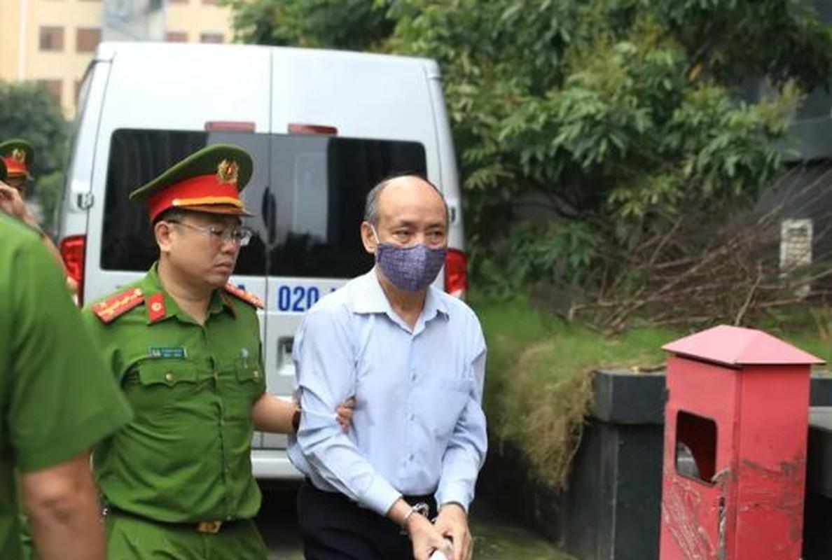 Xet xu vu Gang thep Thai Nguyen gay that thoat 830 ty: 18 bi cao hau toa