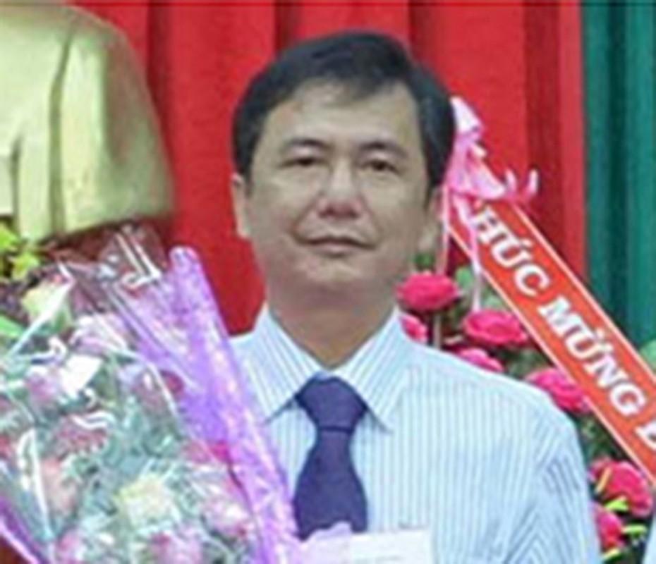 """Nguyen PCT huyen Dak Song bi khoi to: Diem quan lon """"an dat"""" mat ghe-Hinh-7"""