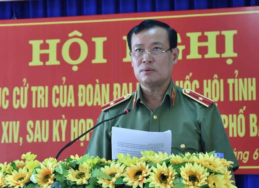 16 tuong linh Quan doi, Cong an ung cu dai bieu Quoc hoi-Hinh-16