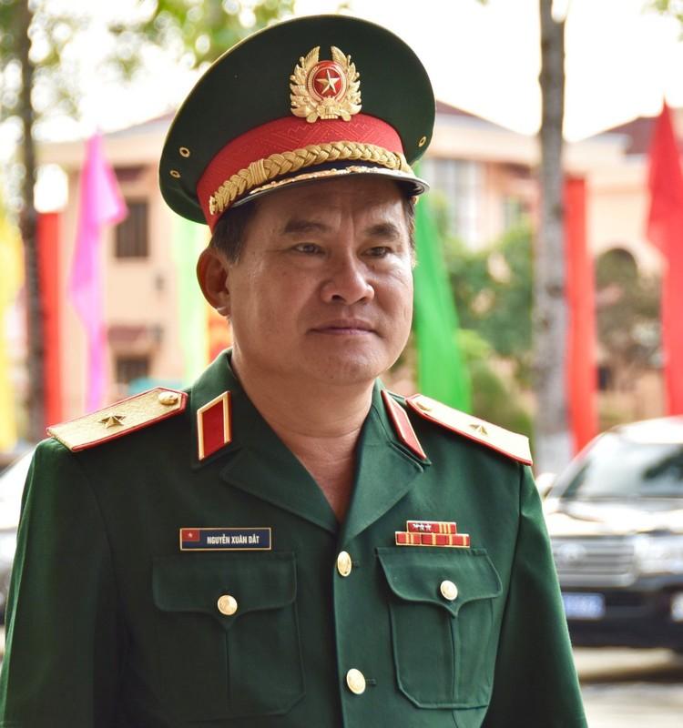 16 tuong linh Quan doi, Cong an ung cu dai bieu Quoc hoi-Hinh-6